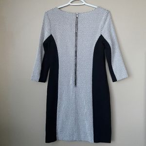 Banana Republic Dresses - Banana Republic 3/4 Sleeve Dress Black & White
